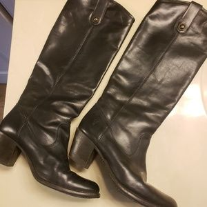 Frye leather Jackie Button Boots size 8.5